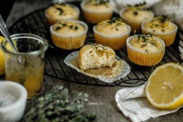 Zitronen-Thymian Muffins 11
