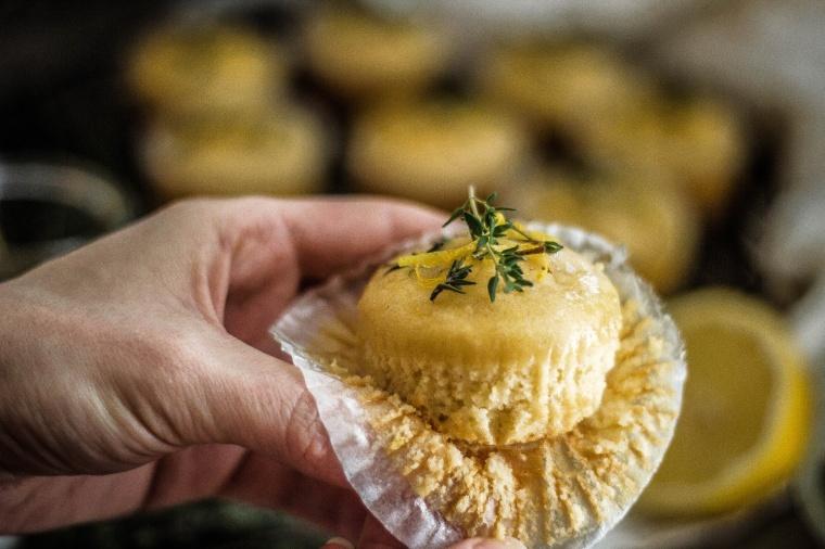 Zitronen-Thymian Muffins 14