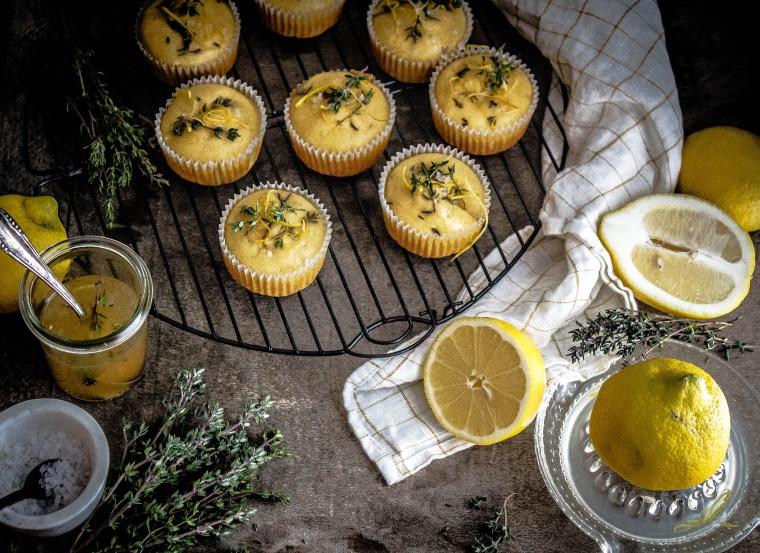 Zitronen-Thymian Muffins 18