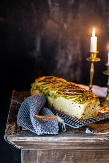 Kartoffelhefeteigzopf mit Pistazienswirl 23